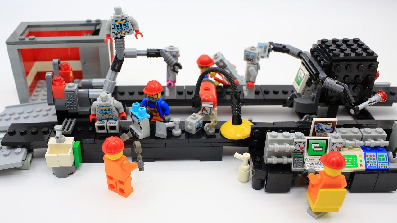 Välkommen till leksaksfabriken!
