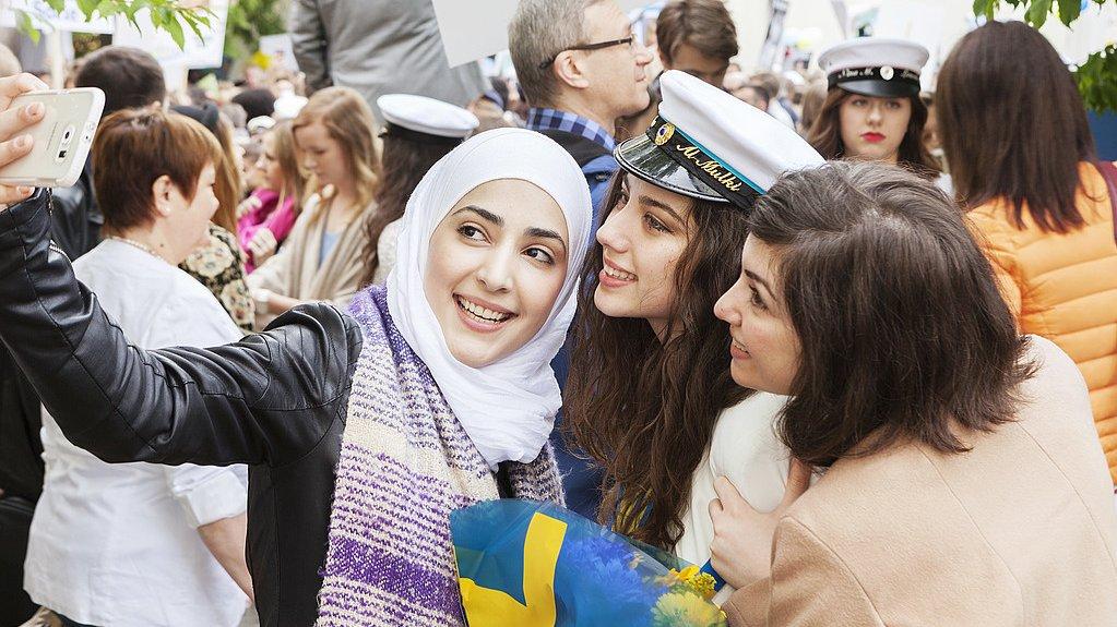 Vad innebär det att vara svensk i dag?