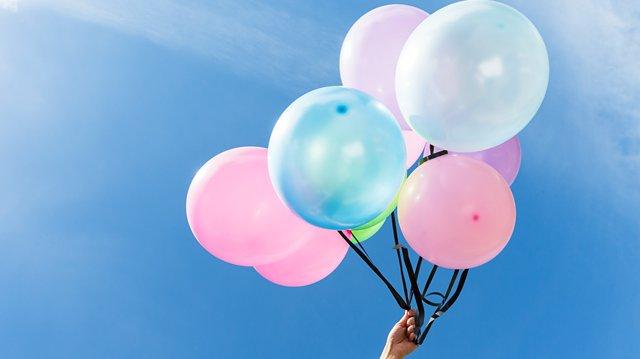 Ordet ballong är ett substantiv. Att kunna grammatik är som att lyfta lite högre i språket.