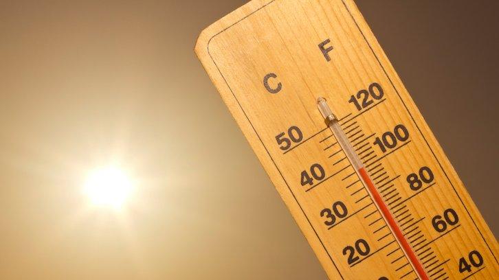 Värme kan mätas med en termometer.