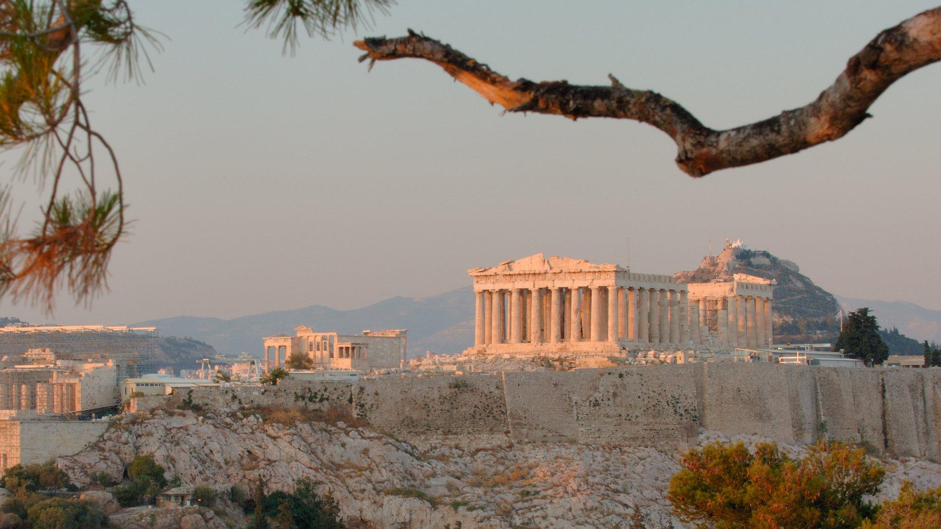 Templet Parthenon i Aten byggdes för cirka 2 500 år sedan. Konstruktionen har gett inspiration till många byggnader i västvärlden.
