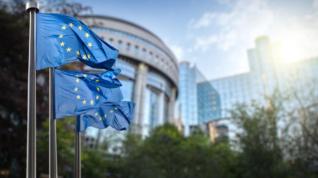 Europeiska unionen (EU) grundades efter andra världskriget och var ett ekonomiskt samarbete som till en början kallades Kol- och stålunionen.
